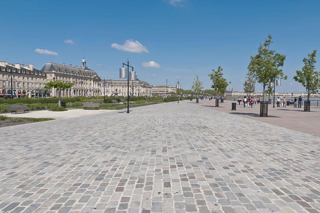 N°1129 – Bordeaux: qualité de l'emplacement!